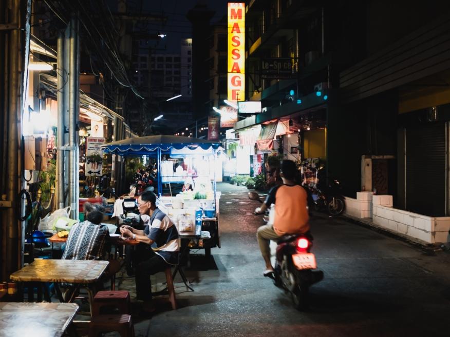 Eric Hsu street photography chiang mai thailand